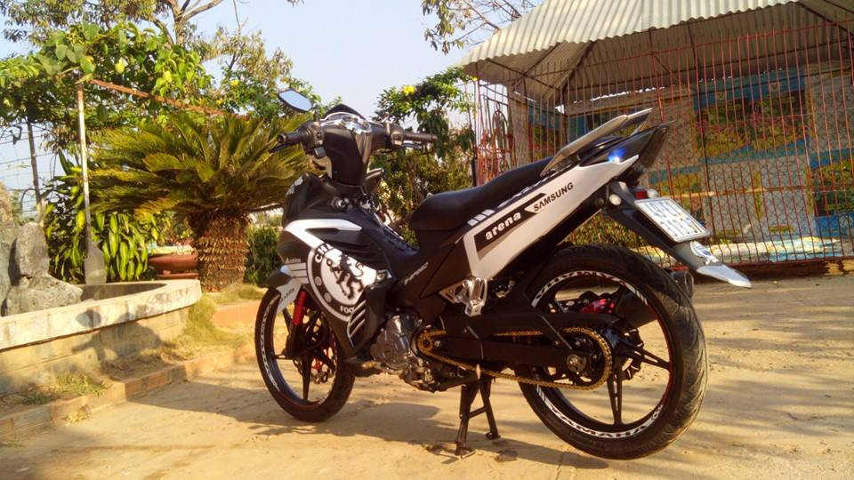 Exciter do phong cach Chelsea cuc ngau - 4