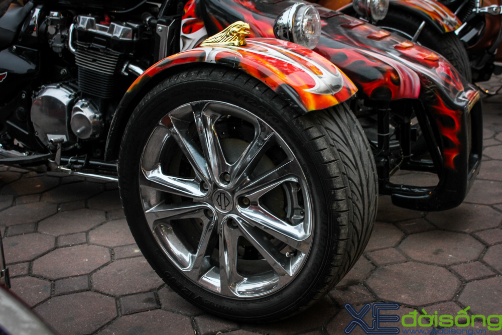 HarleyDavidson Night Rod do 3 banh voi phien ban lon rung tai Ha Noi - 13