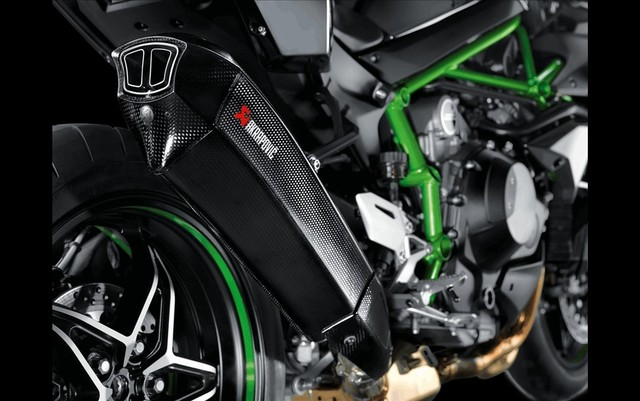 Kawasaki Ninja H2 do po Akrapovic moi day hap dan - 5