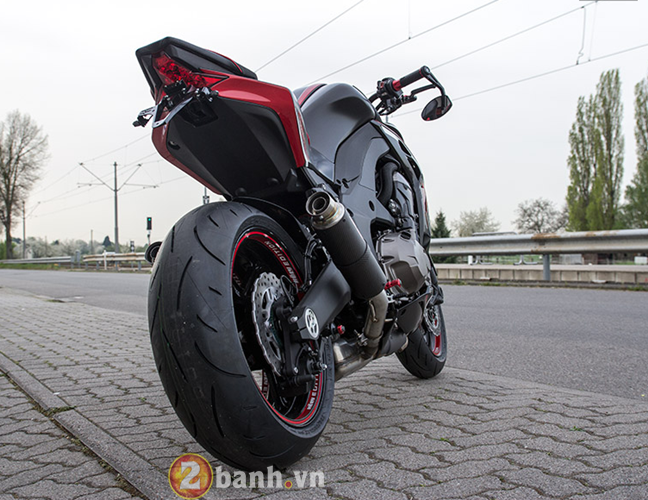 Kawasaki Z1000 2014 chat choi voi Hly Edition - 22