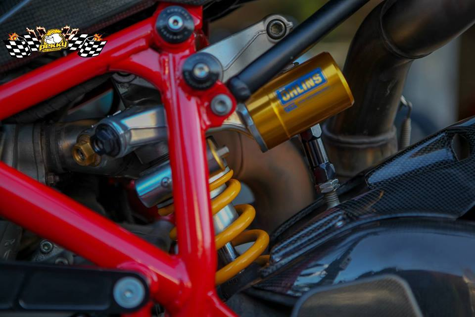 Ducati 1098R do tuyet dep cung phien ban Troy Bayliss - 10