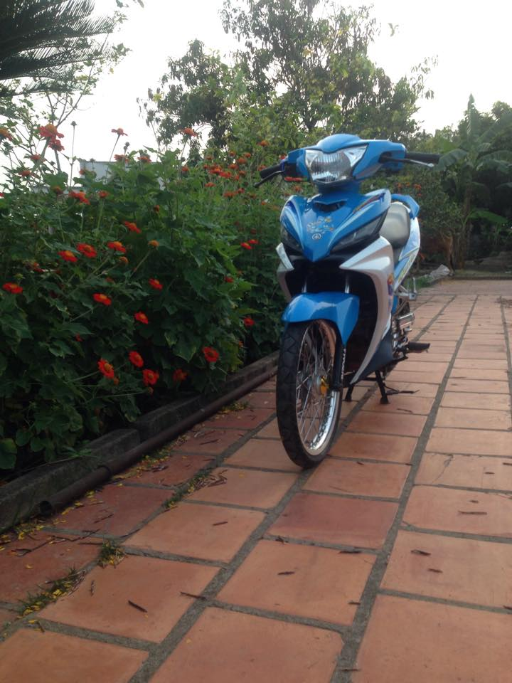 Exciter 135 Oggy nhe nhang voi banh cam - 2