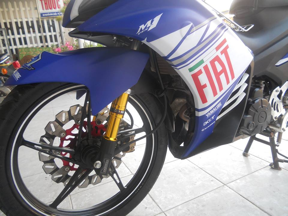 Exciter do voi y tuong tu Yamaha M1 2015 - 3