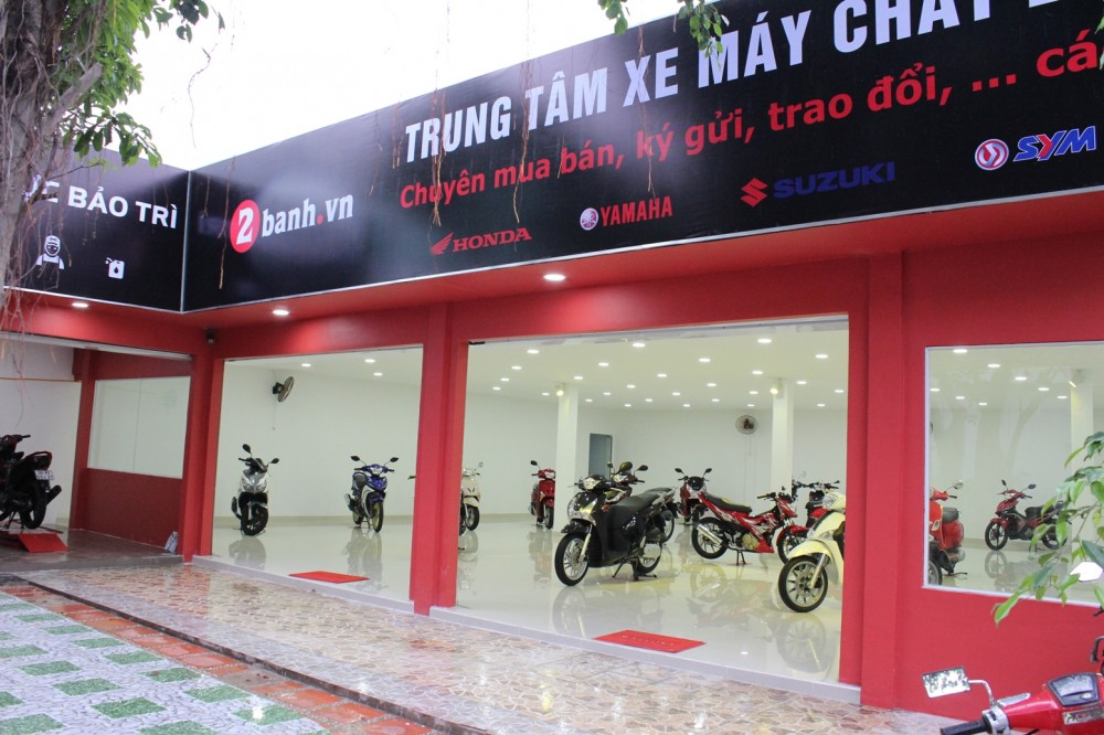 Trung tam son xe chat luong cao 2banhvn can tuyen tho son xe may