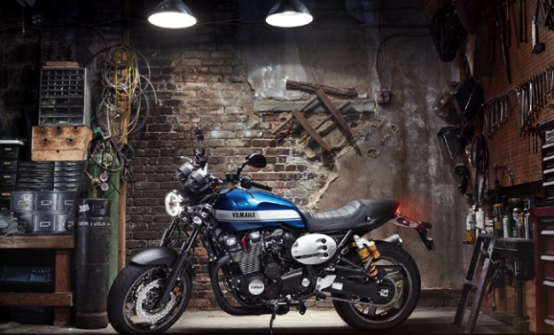 Yamaha XJR1300 2015 do phien ban Cafe racer chinh hang