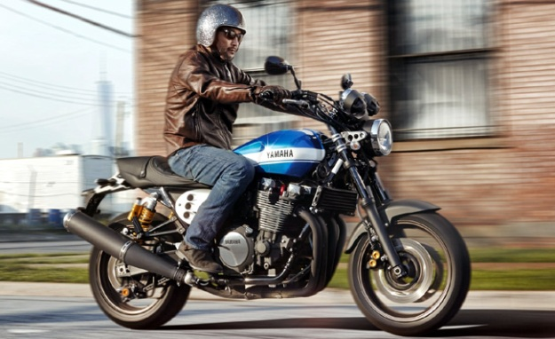 Yamaha XJR1300 2015 do phien ban Cafe racer chinh hang - 2