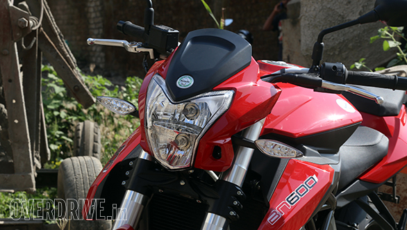 Benelli BN600i chiec nakebike tam trung mang dam chat Y - 3