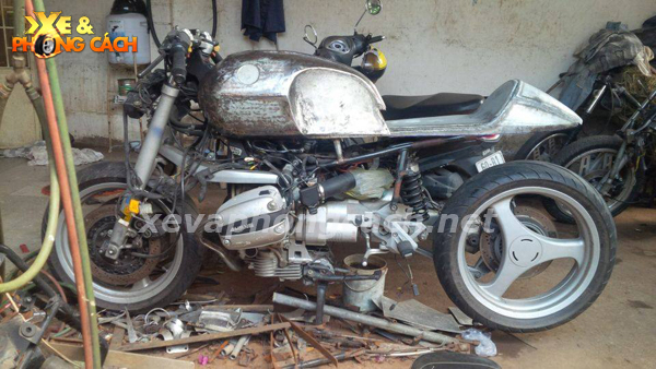BMW R1100Rs do phong cach Cafe Racer thap nien 70 tai VN - 5