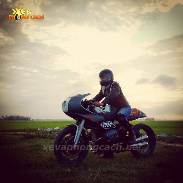BMW R1100Rs do phong cach Cafe Racer thap nien 70 tai VN - 13