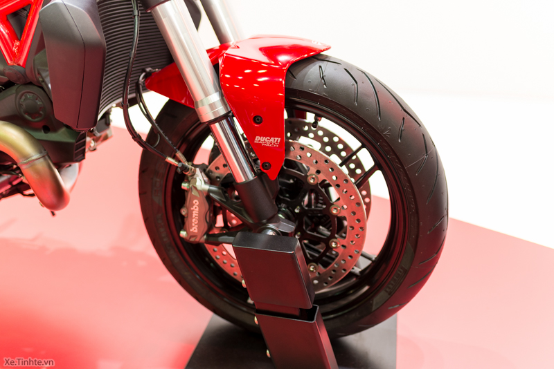 Can canh chiec Ducati Monster 821 Ban rut gon cua Monster 1200 - 9
