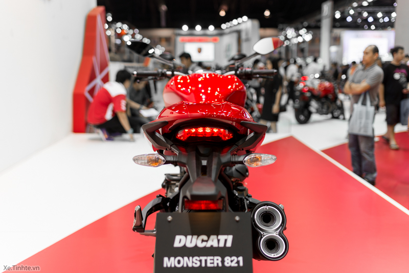 Can canh chiec Ducati Monster 821 Ban rut gon cua Monster 1200 - 11