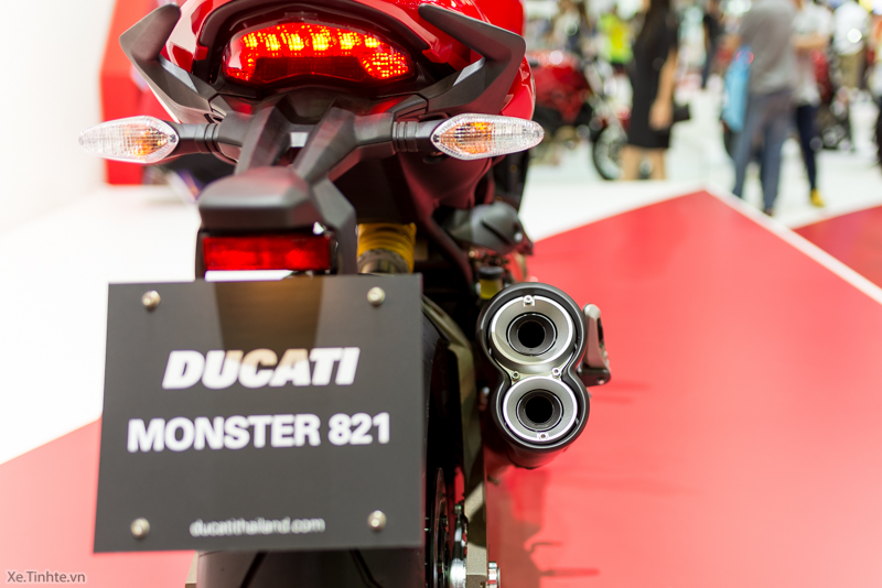 Can canh chiec Ducati Monster 821 Ban rut gon cua Monster 1200 - 12