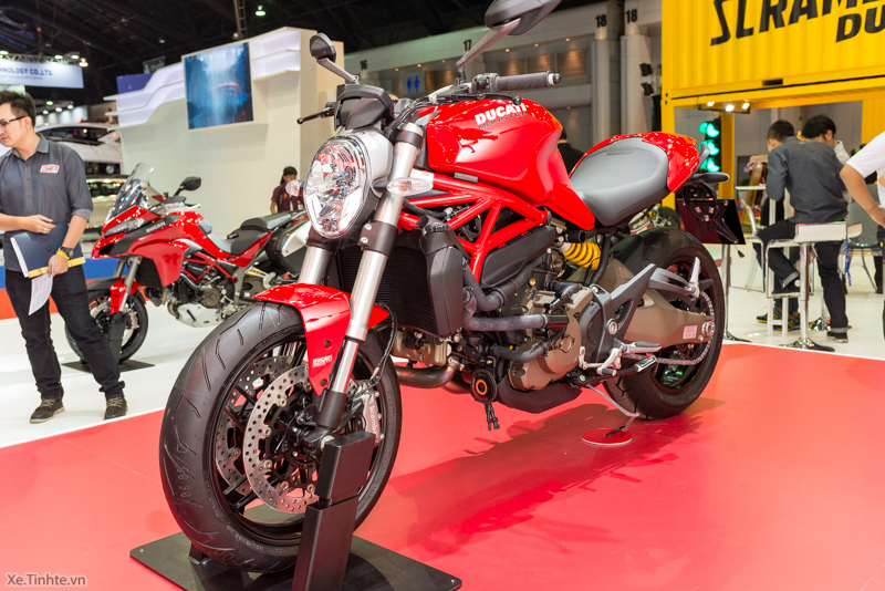 Can canh chiec Ducati Monster 821 Ban rut gon cua Monster 1200 - 17