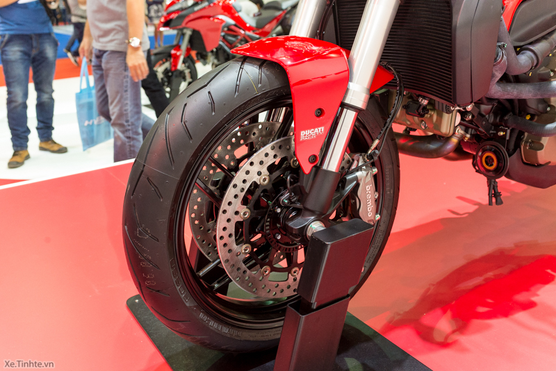 Can canh chiec Ducati Monster 821 Ban rut gon cua Monster 1200 - 19