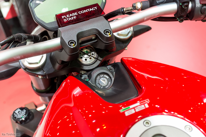 Can canh chiec Ducati Monster 821 Ban rut gon cua Monster 1200 - 23