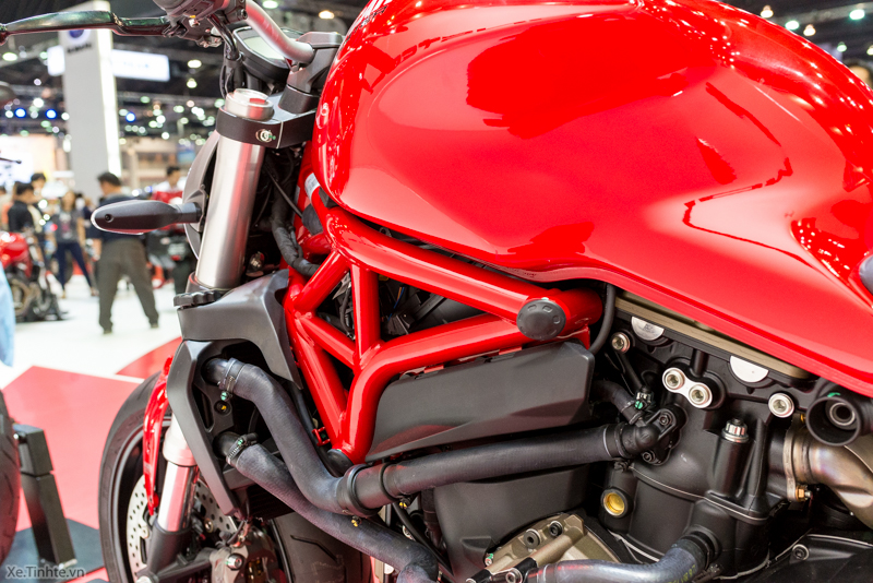 Can canh chiec Ducati Monster 821 Ban rut gon cua Monster 1200 - 25
