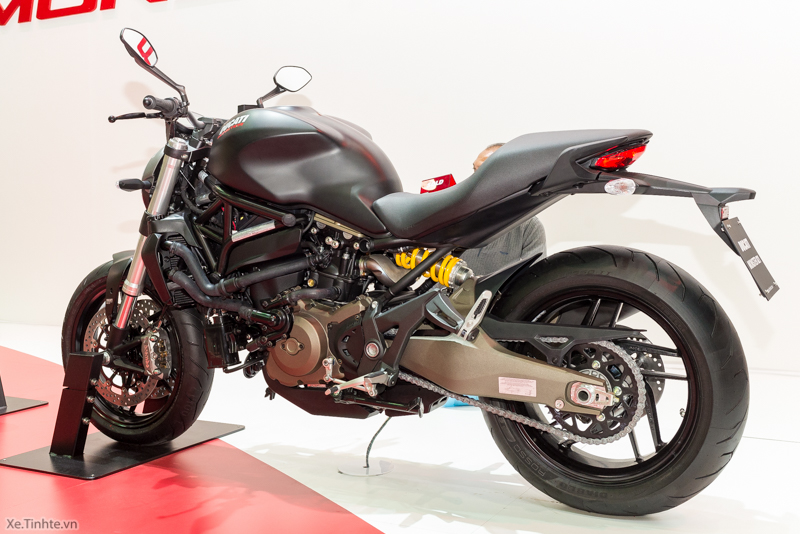 Can canh chiec Ducati Monster 821 Ban rut gon cua Monster 1200 - 34