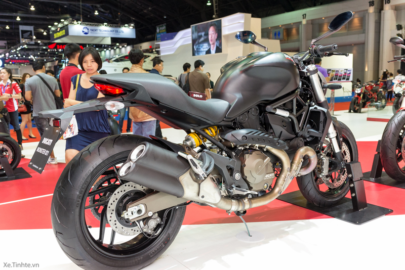 Can canh chiec Ducati Monster 821 Ban rut gon cua Monster 1200 - 37