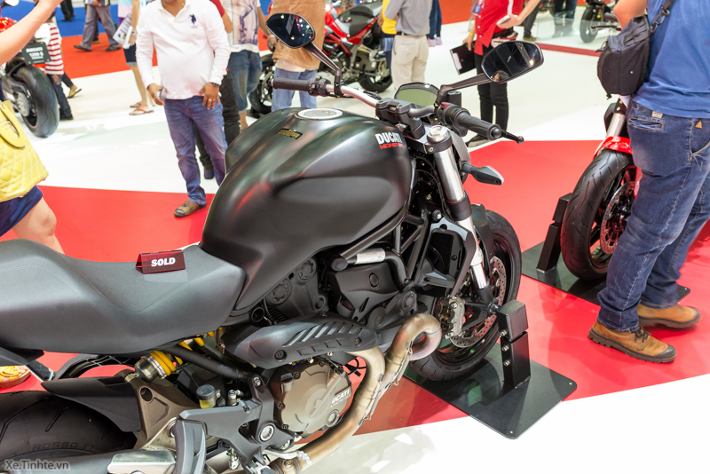 Can canh chiec Ducati Monster 821 Ban rut gon cua Monster 1200 - 40