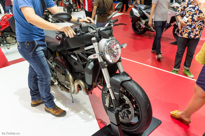 Can canh chiec Ducati Monster 821 Ban rut gon cua Monster 1200 - 42