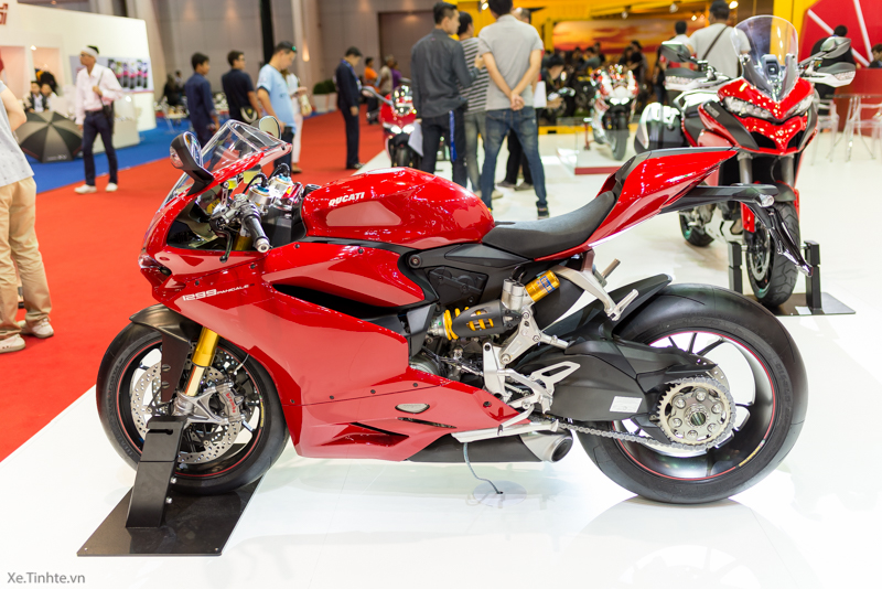 Can canh Ducati 1299 Panigale S tai Bangkok Motor Show 2015 - 2