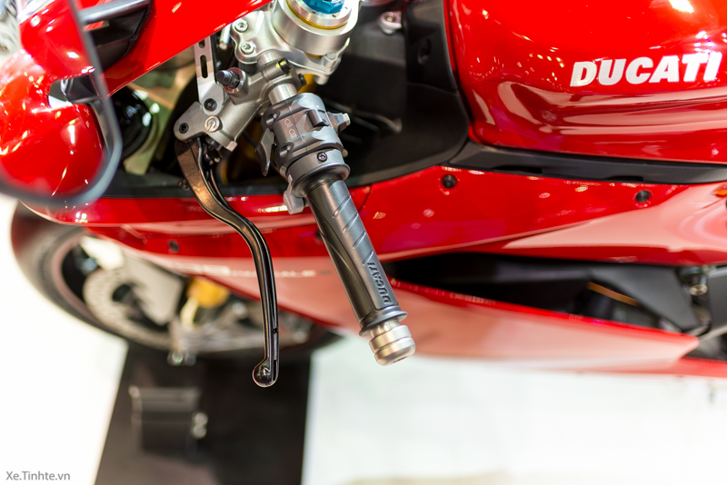 Can canh Ducati 1299 Panigale S tai Bangkok Motor Show 2015 - 26