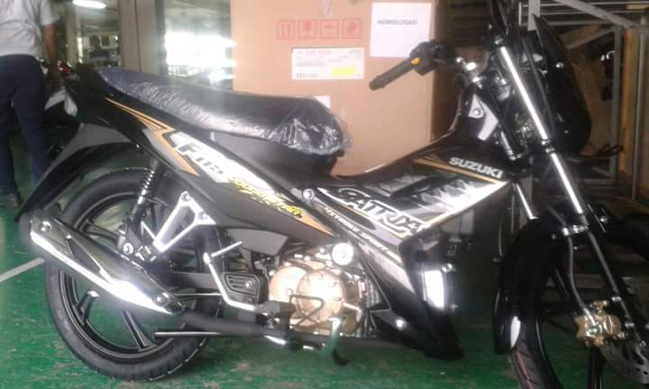 Can canh Satria F115 trong day chuyen lap rap
