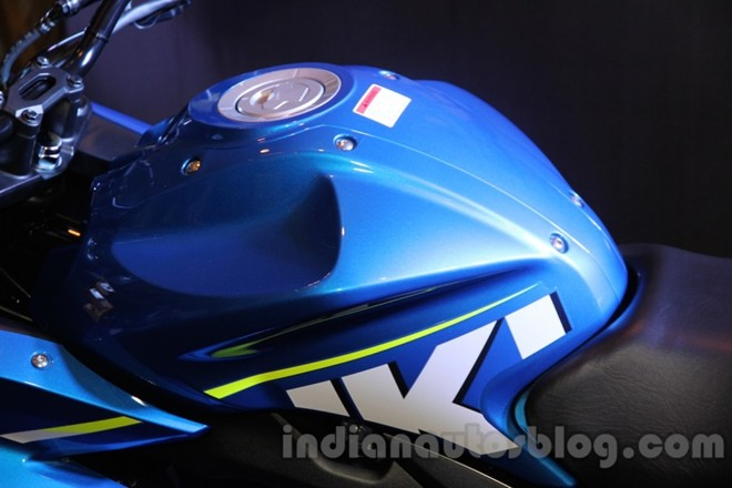 Can canh Suzuki Gixxer SF150 moi ra mat tai An Do - 8