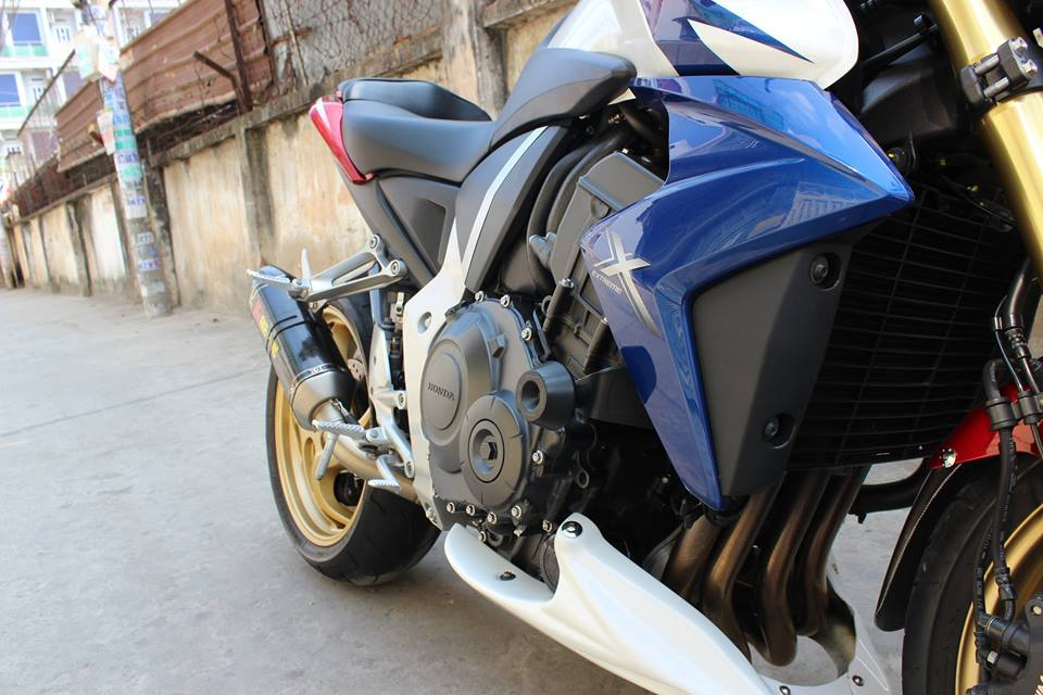 CB1000R HRC do po Akrapovic kem may mon Rizoma - 3