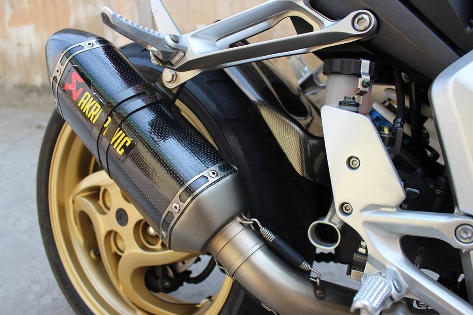 CB1000R HRC do po Akrapovic kem may mon Rizoma - 8