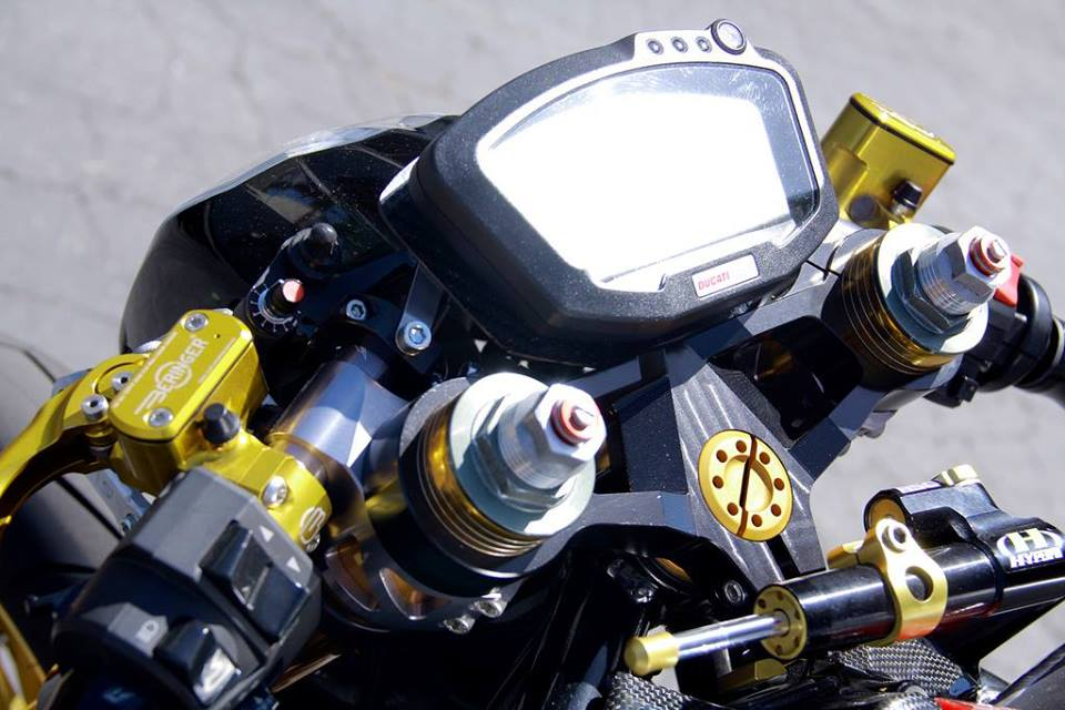 Ducati do phong cach Cafe Racer - 2