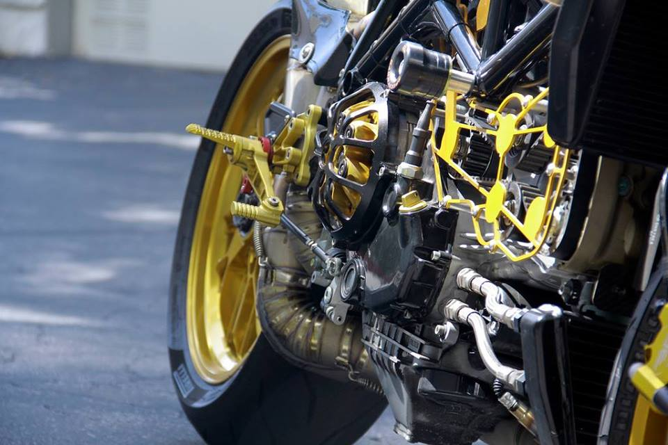 Ducati do phong cach Cafe Racer - 4