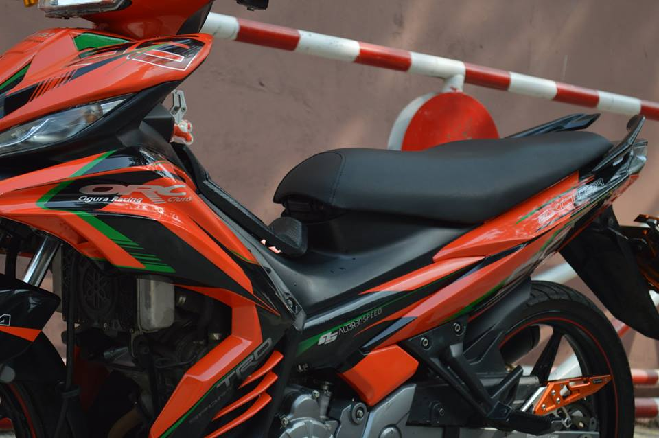 Exciter do phien ban Lorenzo chay cho KTM - 3