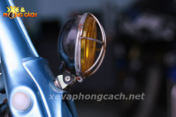 Honda Cub doi 79 do chat voi phong cach Bobber - 5