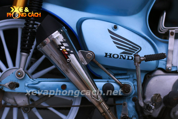 Honda Cub doi 79 do chat voi phong cach Bobber - 9