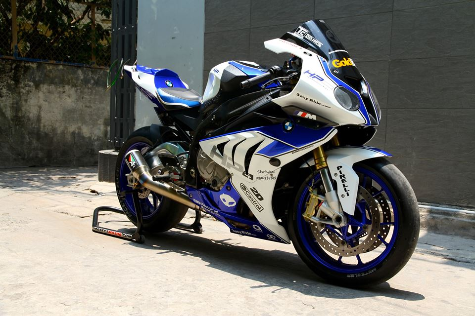 Ngam chiec BMW S1000RR HQCN day do choi hang hieu - 2
