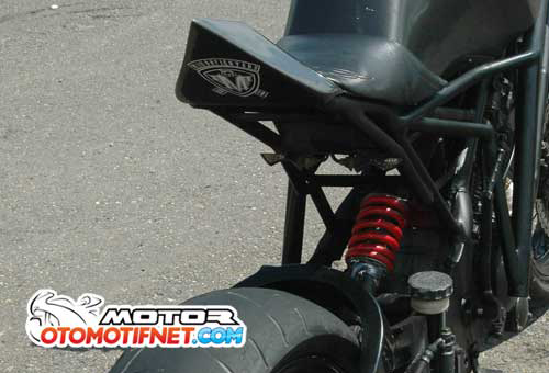 Raider 150 do phong cach Streetfighter - 9