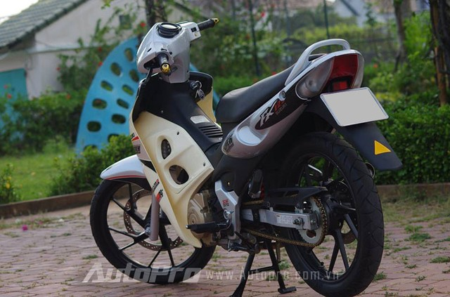 Suzuki FX len may Raider cung nhung mon do choi cuc chat - 2