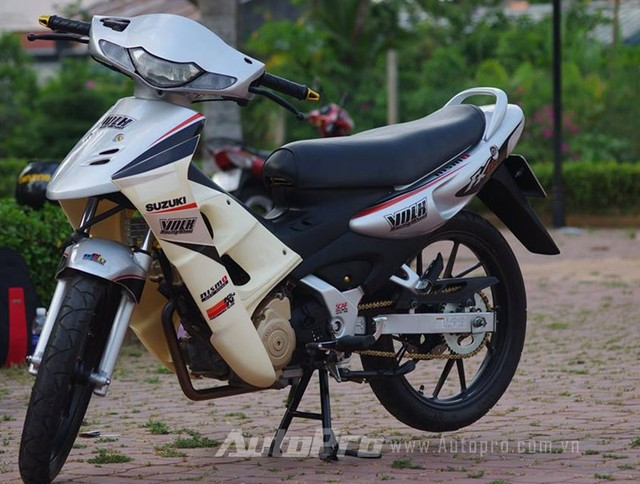 Suzuki FX len may Raider cung nhung mon do choi cuc chat - 3