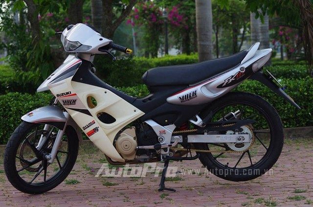 Suzuki FX len may Raider cung nhung mon do choi cuc chat - 6