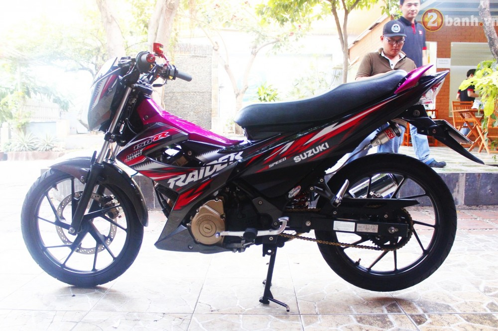 Suzuki Raider son mau hong noi bat - 7