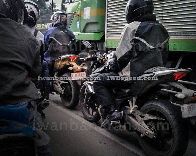 Can canh dong co cua chiec nakedbike Yamaha MT25 - 3