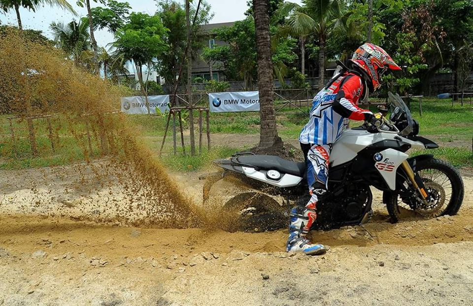 BMW F800GS offroad day an tuong - 3