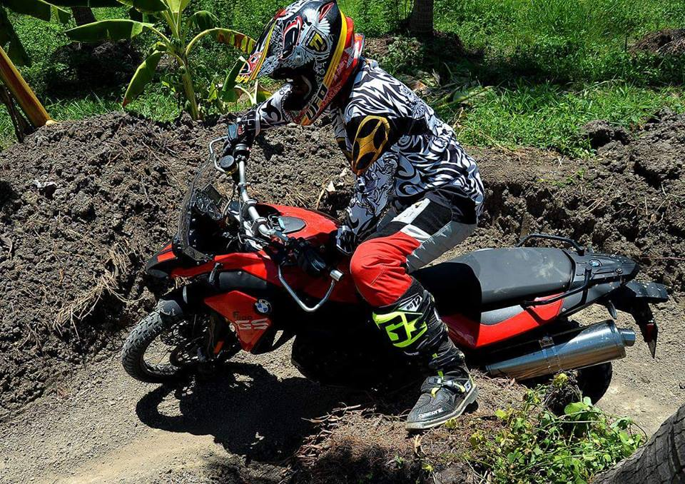 BMW F800GS offroad day an tuong - 5