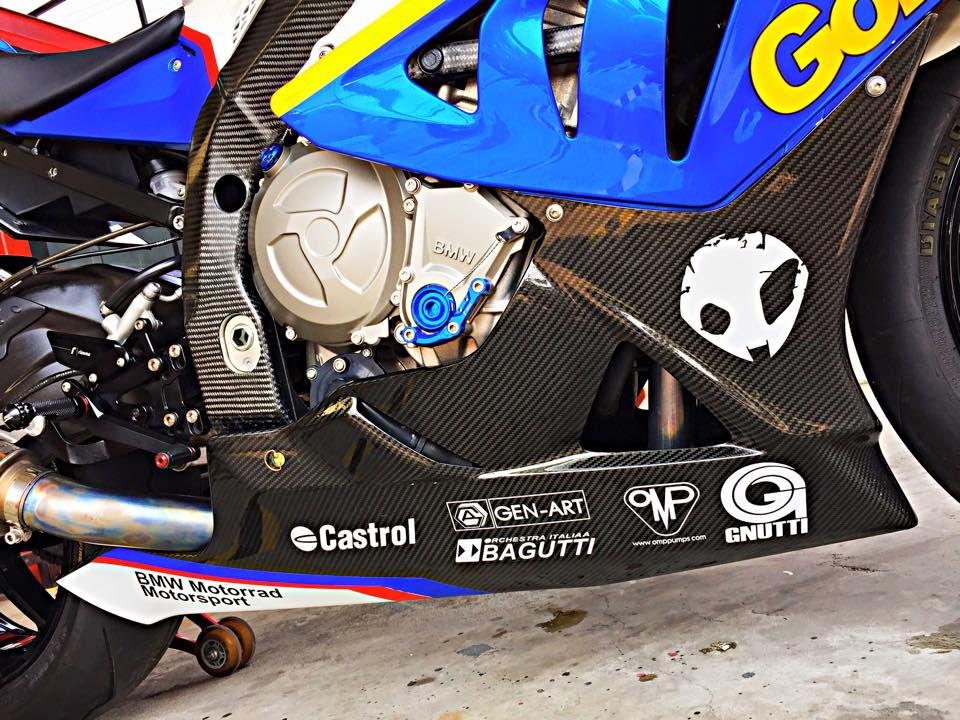 BMW S1000RR GoldBet do cuc dinh tai Thai - 14