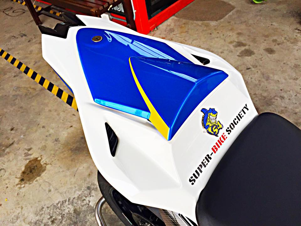BMW S1000RR GoldBet do cuc dinh tai Thai - 13