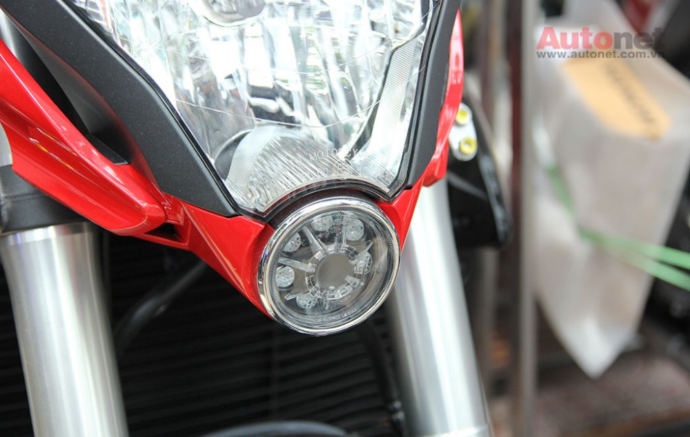 Can canh cap doi Honda CB1000R 2015 vua ve den Sai Gon - 20