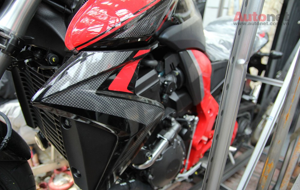 Can canh cap doi Honda CB1000R 2015 vua ve den Sai Gon - 22