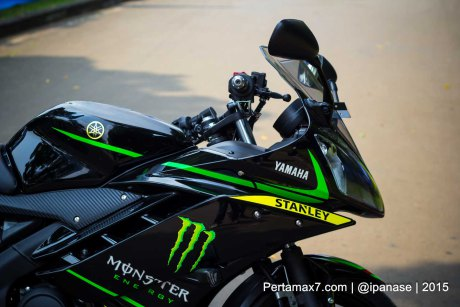Can canh Yamaha R15 Monster Yamaha Tech 3 - 2