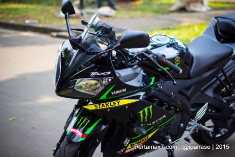 Can canh Yamaha R15 Monster Yamaha Tech 3 - 3